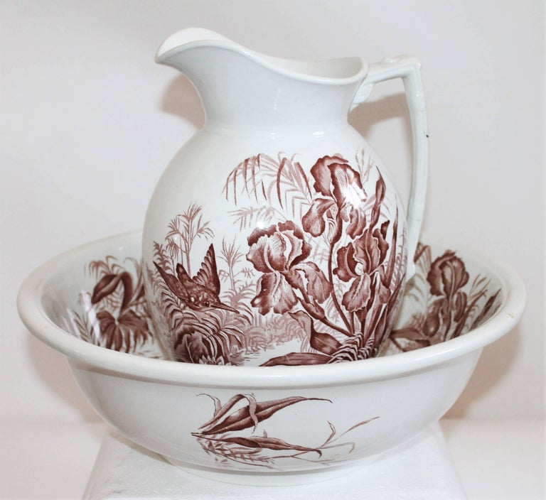 Victorian 19th Century, Transfer Ironstone Wash Bowl and Pitcher Set For Sale