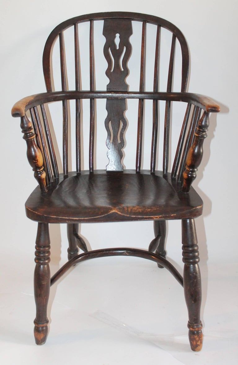 Windsor Chairs, Early 19th Century English Assembled Collection / 4 For Sale 3