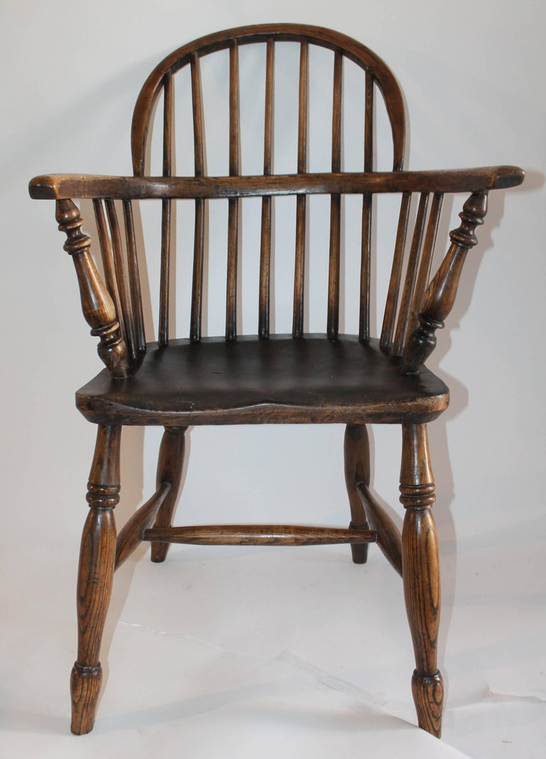 Windsor Chairs, Early 19th Century English Assembled Collection / 4 For Sale 4