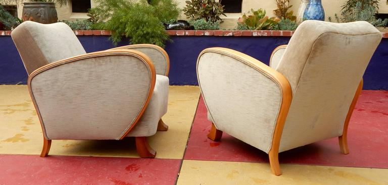Pair of Swedish Art Deco Armchairs in Golden Elm, circa 1930 For Sale 2