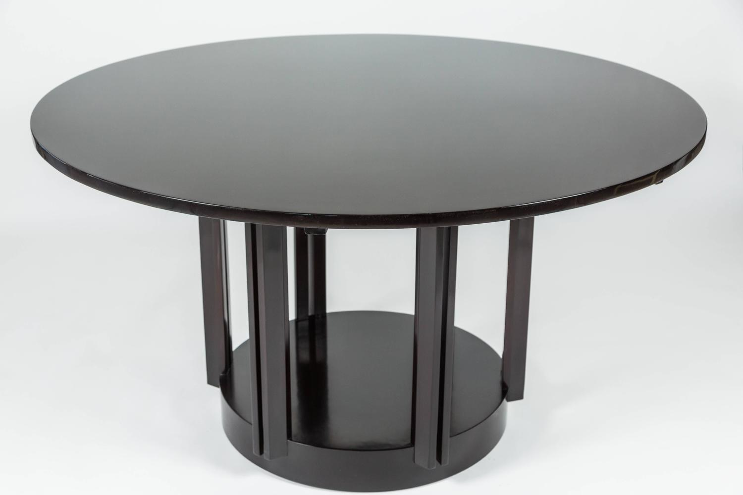 Fantastic modern round dining table by eliel saarinen for for Eliel saarinen furniture