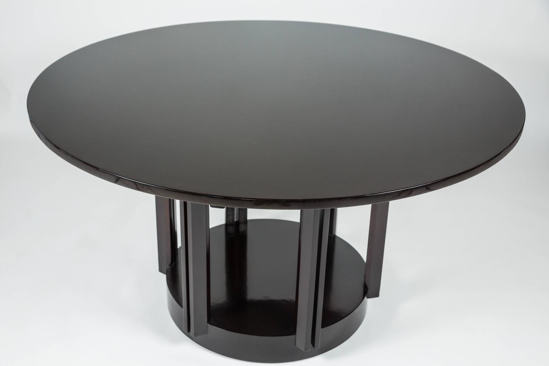 fantastic modern round dining table by eliel saarinen for johnson furniture at 1stdibs. Black Bedroom Furniture Sets. Home Design Ideas