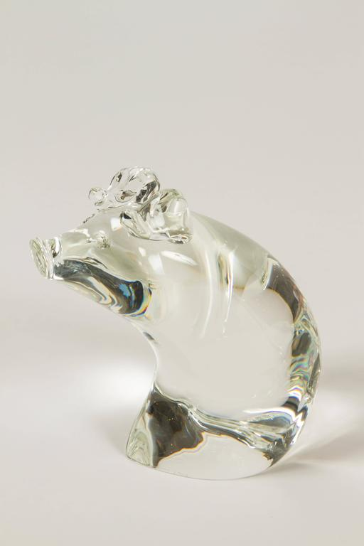 Momma Pig and Baby Pig by Lloyd Atkins for Steuben Glass In Excellent Condition In Palm Desert, CA