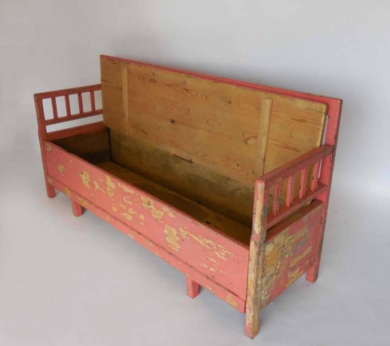 Gustavian 19th Century Painted Swedish Bench/Daybed For Sale