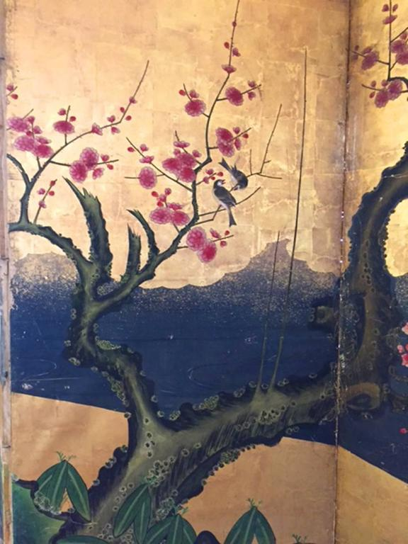 18th Century Antique Japanese Gold Leaf Screen with Blossoms and Birds In Good Condition For Sale In Los Angeles, CA