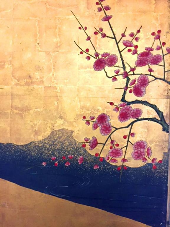 18th Century Antique Japanese Gold Leaf Screen with Blossoms and Birds For Sale 5