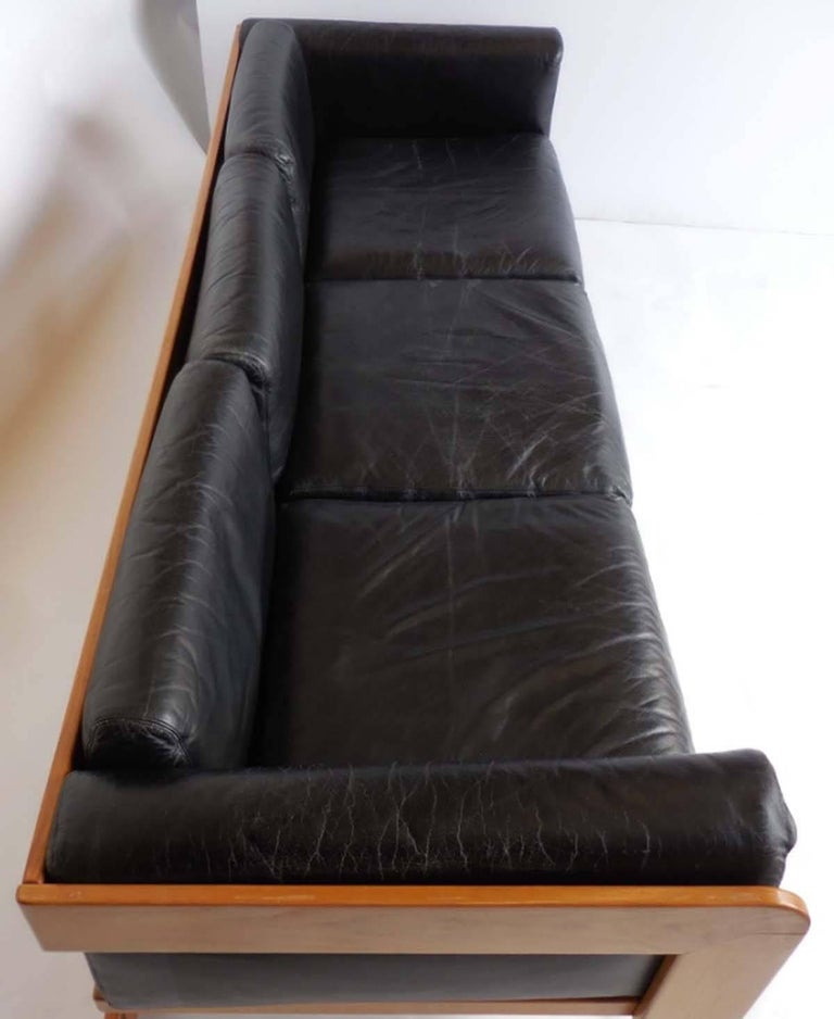 Italian Giuseppe Raimondi Leather Sofa and Chair For Sale