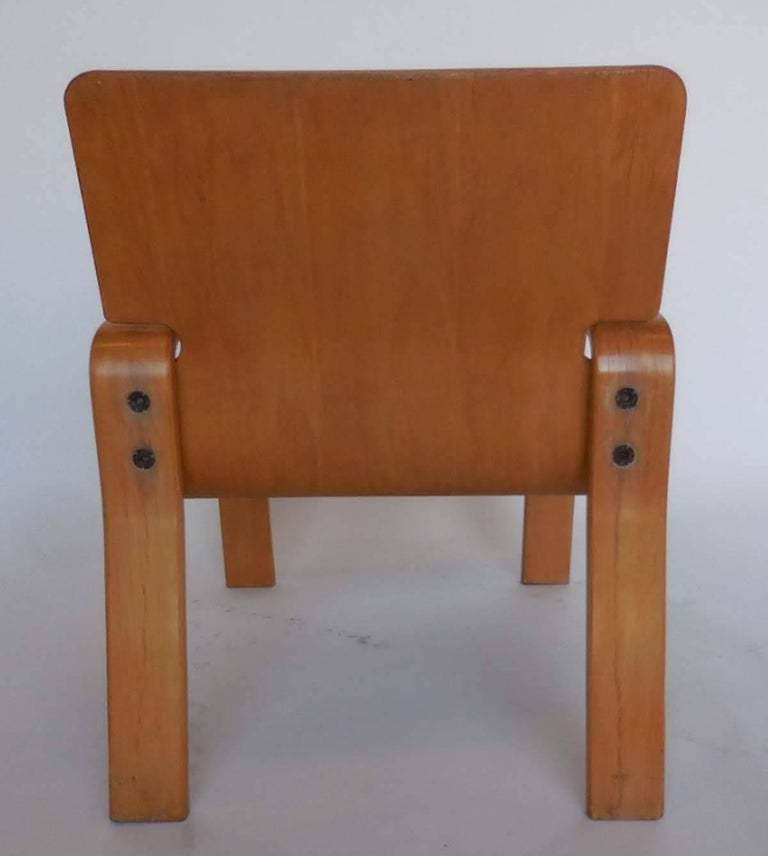 Set of Four Bent Plywood Lounge Chairs In Good Condition For Sale In Los Angeles, CA