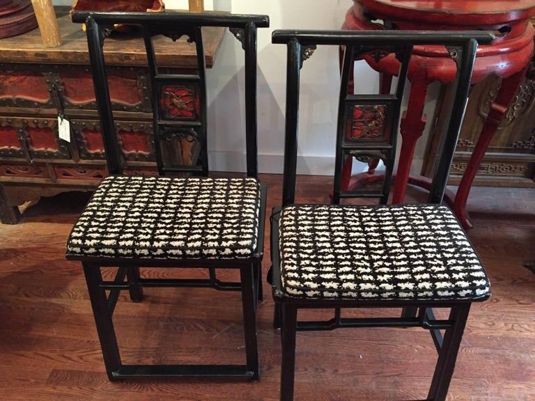 19th Century Black and Red Lacquered Qing Dynasty Side Chair For Sale 1