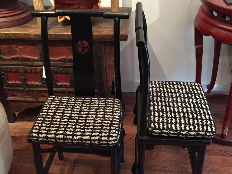 19th Century Qing Dynasty Black and Red Lacquered Side Chair 5