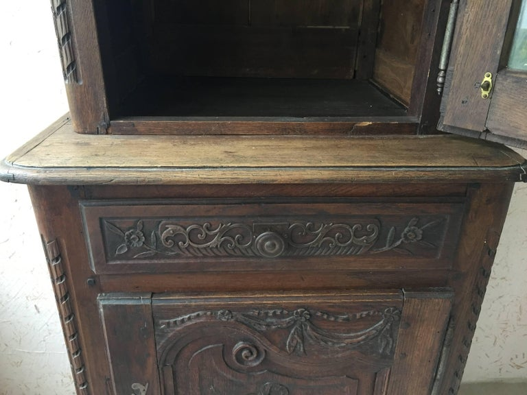 Walnut Pair or Early 19th Century Louis XV Style Biblioteque For Sale