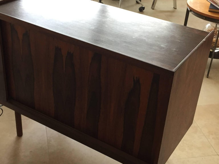 Midcentury Rosewood Bar/Sideboard in the Style of Arne Vodder For Sale 2