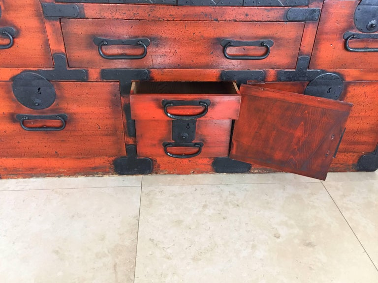 19th Century Japanese Lacquered Tansu For Sale 1