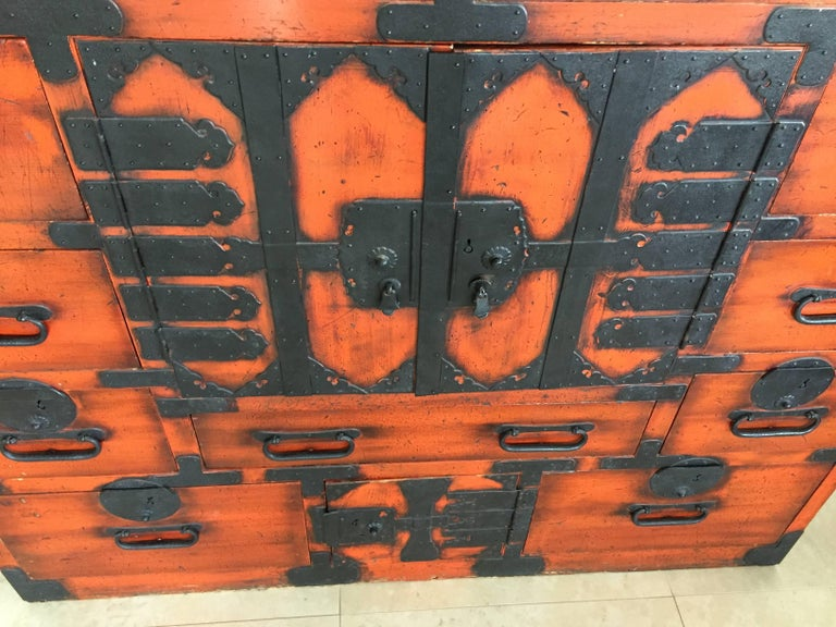 Softwood 19th Century Japanese Lacquered Tansu For Sale