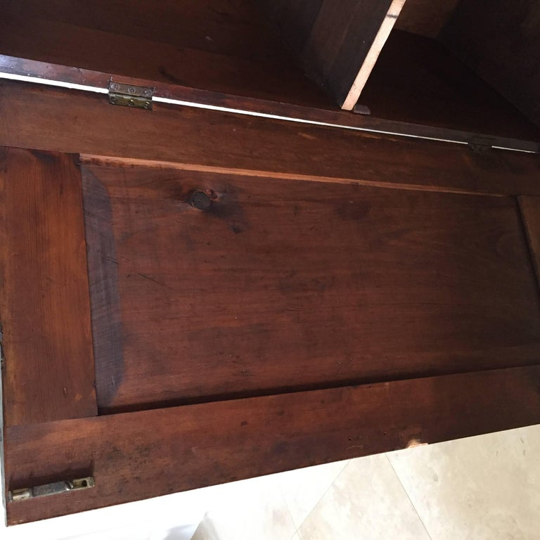 19th Century Arts & Crafts Poker Cabinet For Sale 1