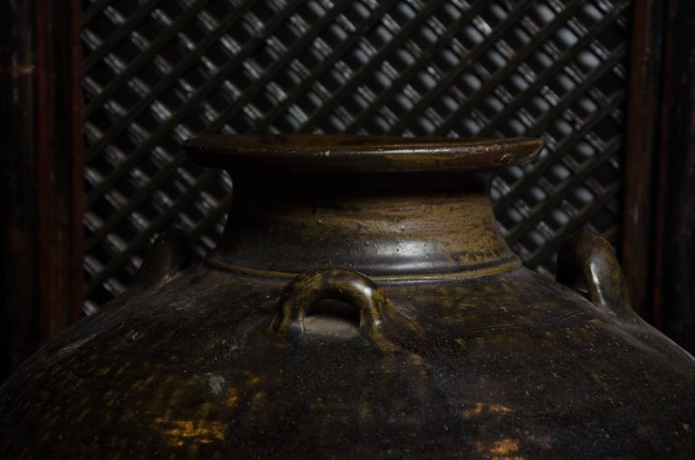 Early 18th Century Thai Glazed Terra Cotta Water Vessel In Excellent Condition For Sale In East Hampton, NY
