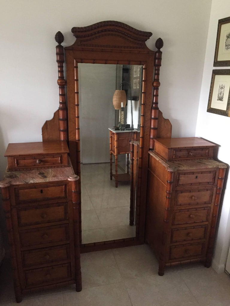 19th Century French Faux Bamboo Gentleman's Dressing Vanity For Sale 2