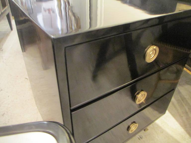 Pair of Mid-Century Lacquered Nightstands in the Neoclassic Manner 3