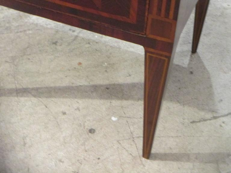 Fine Pair of Antique Italian Neoclassic Parquetry Nightstands 6
