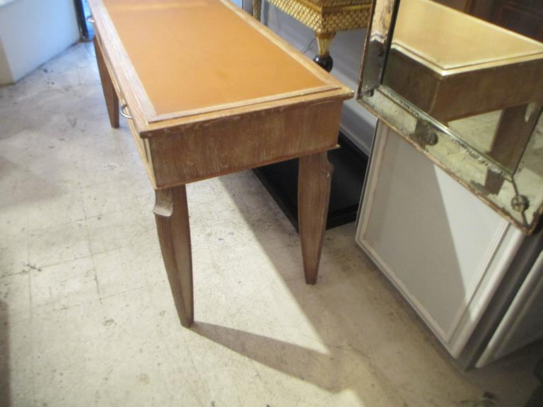 French 1940s Cerused-Oak Leather- Top Console/  Writing Desk For Sale 1