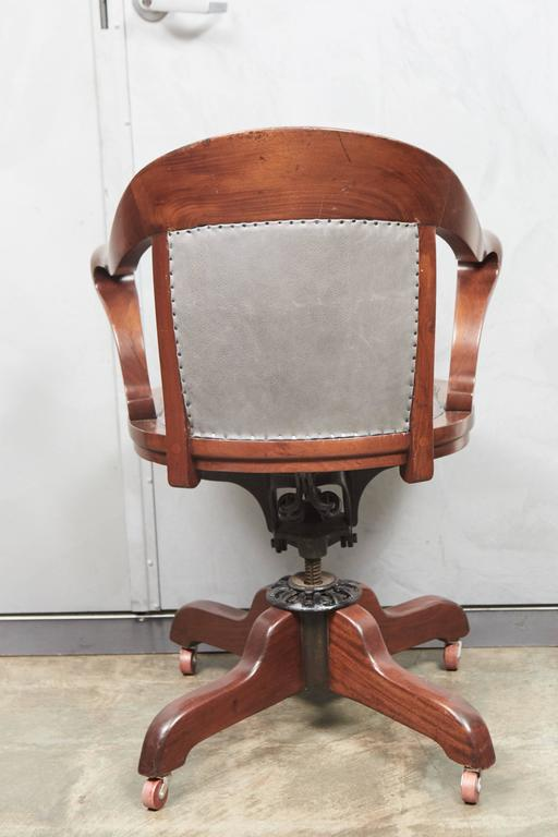 Metal American Office Chair For