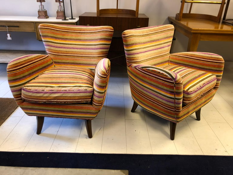 Pair of Ernst Schwadron Club Chairs In Good Condition For Sale In Hudson, NY