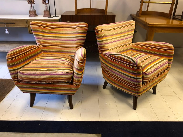 Mid-20th Century Pair of Ernst Schwadron Club Chairs For Sale