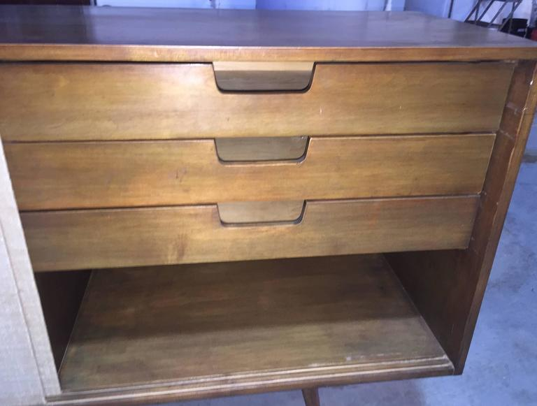 Paul McCobb Planner Group Sideboard In Good Condition For Sale In Hudson, NY