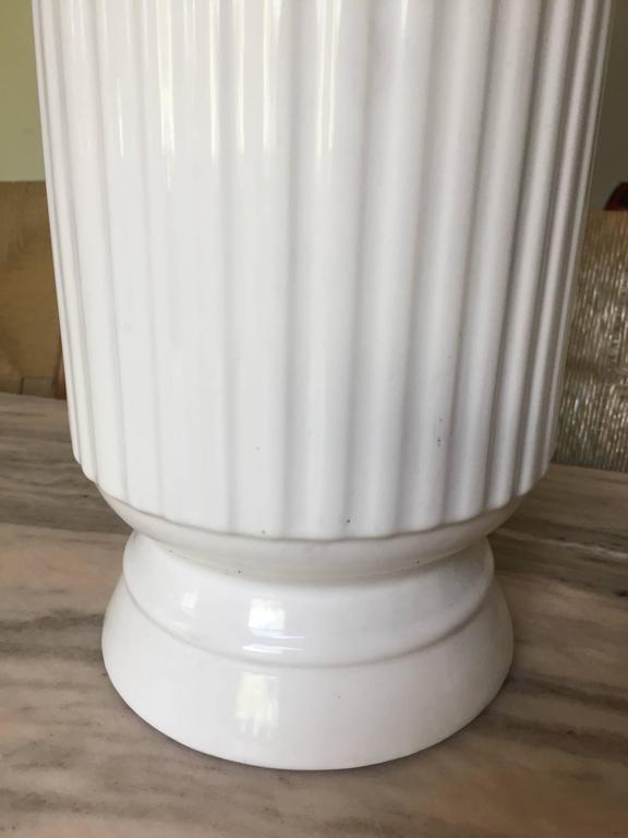 Pair of Ceramic Table Lamps In Good Condition For Sale In Hudson, NY