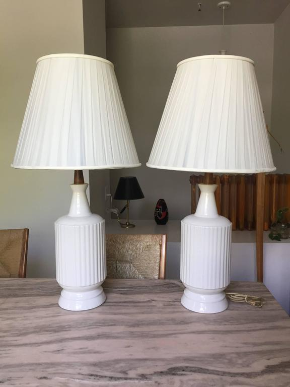 Pair of Ceramic Table Lamps For Sale 1