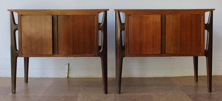 Pair of Mid-Century Italian Nightstands 2