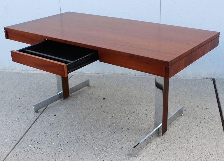 Mid-Century Modern Rosewood and Chrome Desk For Sale
