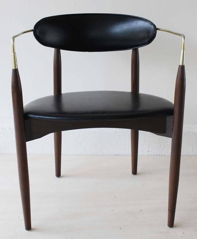 Dan Johnson Viscount Chair 2