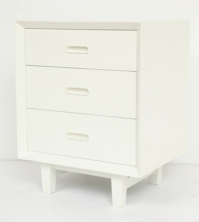 Two mid century modern white nightstands at 1stdibs for Modern nightstands for sale