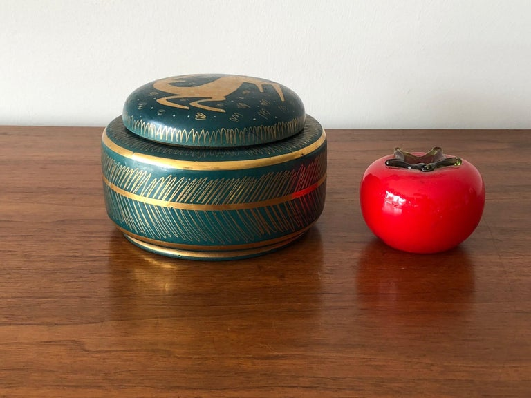 Waylande Gregory Ceramic Jar with Sgraffito Decoration For Sale 2