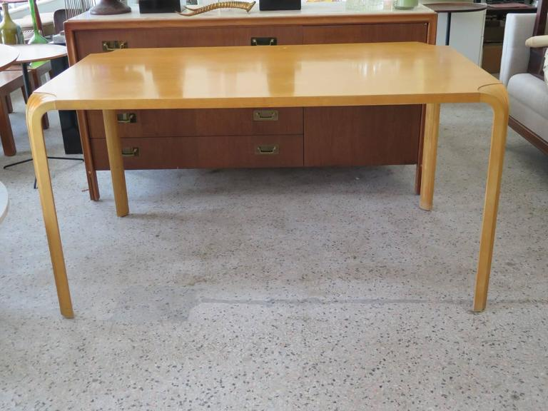 Alvar Aalto Fan Leg Dining Table with Four Chairs 2