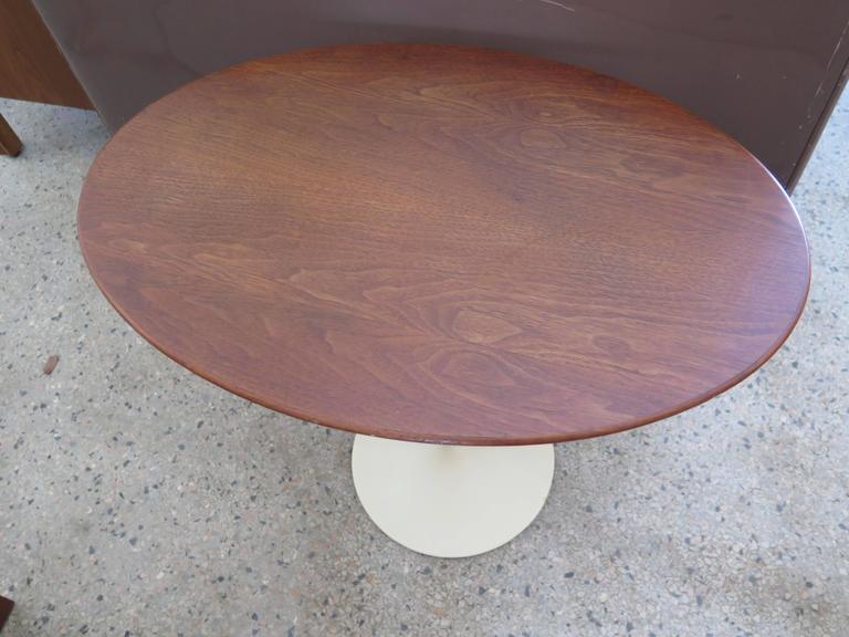 Mid-20th Century Saarinen Knoll Elliptical Table Walnut For Sale