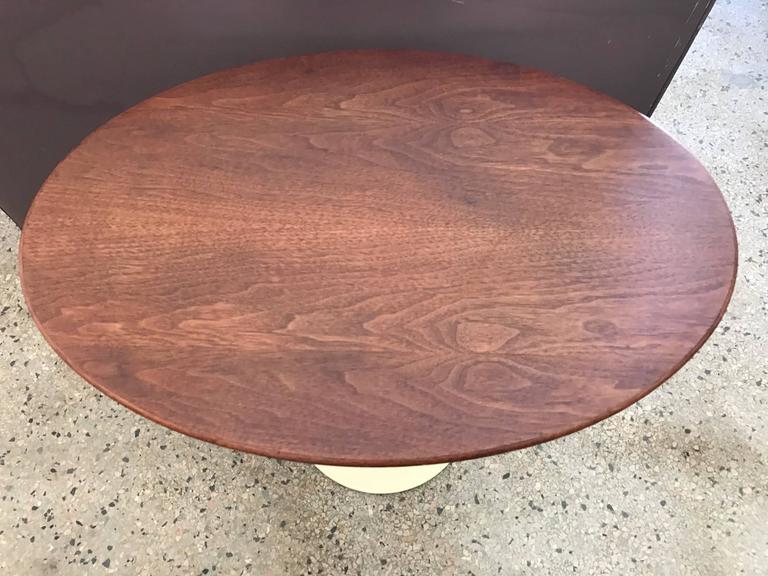 Saarinen Knoll Elliptical Table Walnut For Sale 2