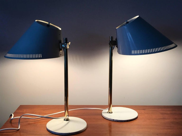 Mid-20th Century Pair of Table Lamps by Paavo Tynell Model 9227 For Sale