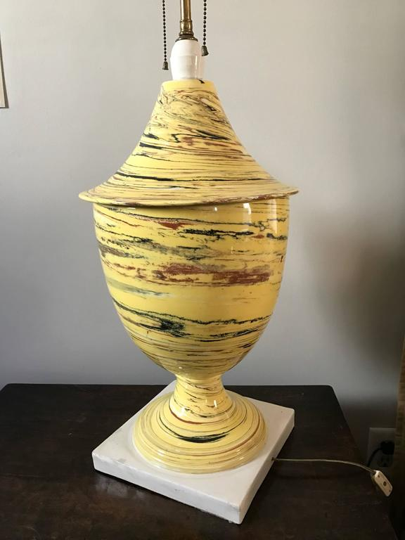 Italian Yellow Agateware Urn Form Pottery Lamp For Sale 3