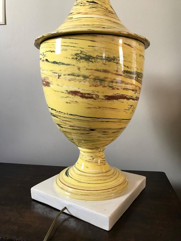 Italian Yellow Agateware Urn Form Pottery Lamp For Sale 4