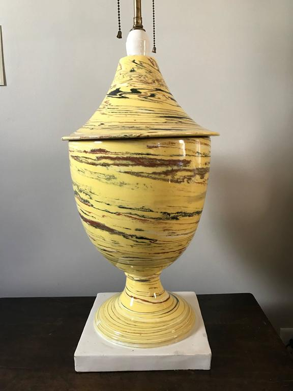 Italian Yellow Agateware Urn Form Pottery Lamp For Sale 5
