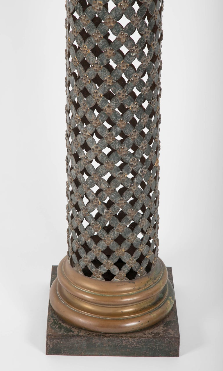 French Painted and Gilt Tole Column with Corithian Capital In Excellent Condition For Sale In Stamford, CT
