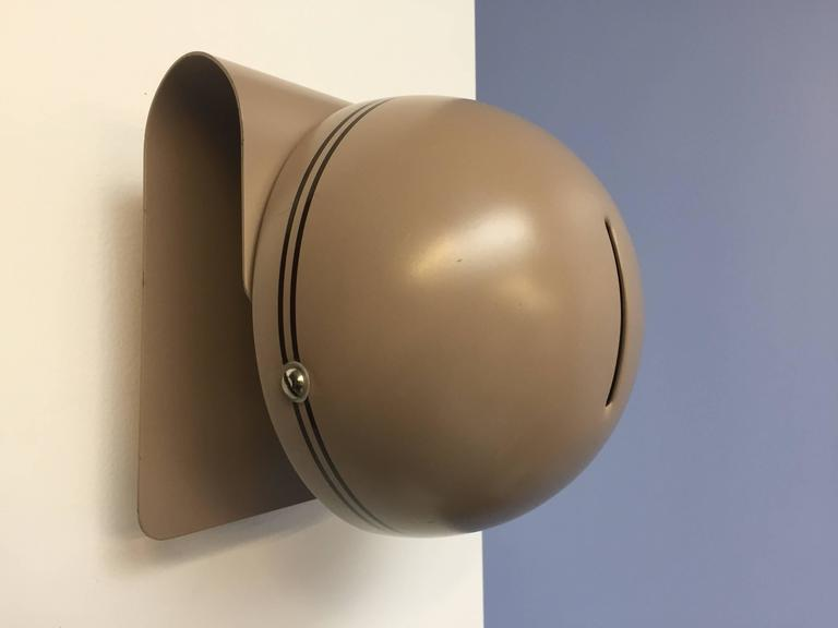 Mid-Century Modern Wall Sconce by Guiseppe Cormio for Guzzini For Sale