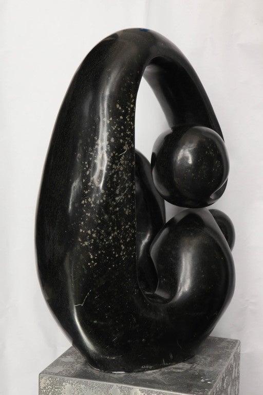 Shona African Modernist Marble Sculpture, Signed Edmore Makotore For Sale 1