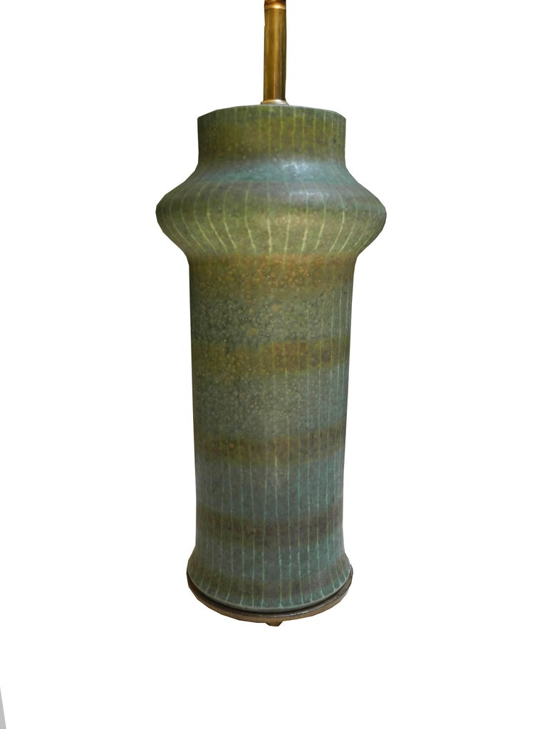 20th Century 1950s Modern Asian Vessel Style Italian Ceramic Green Table Lamp For Sale