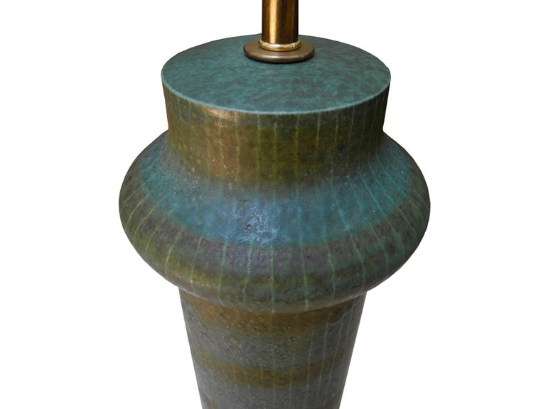1950s Modern Asian Vessel Style Italian Ceramic Green Table Lamp For Sale 4