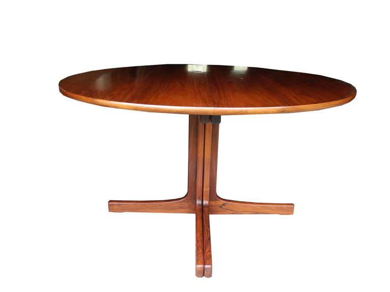 Danish Modern Rosewood Dining Table By Niels O Moller With