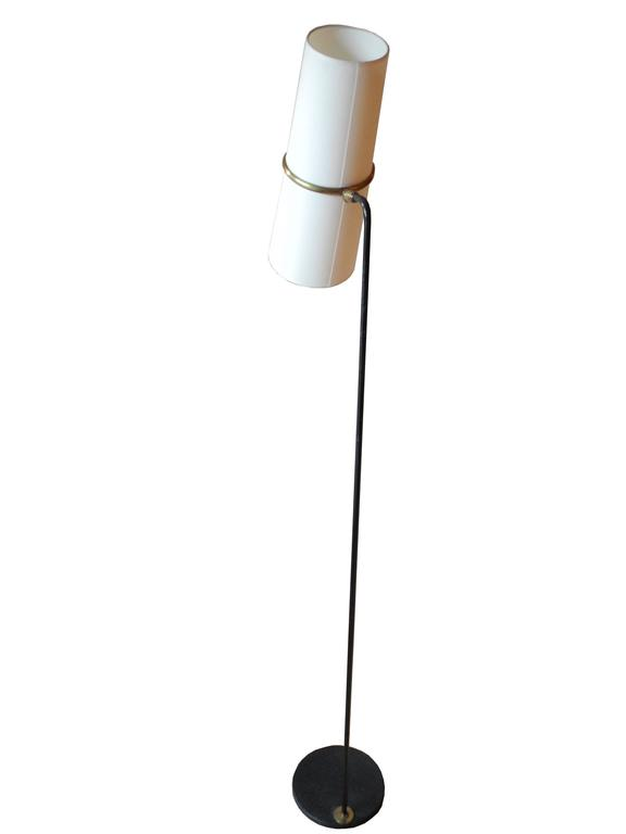 French, 1950s Mid-Century Modern Single Iron and Linen Floor Lamp by Lunel In Excellent Condition For Sale In Hudson, NY