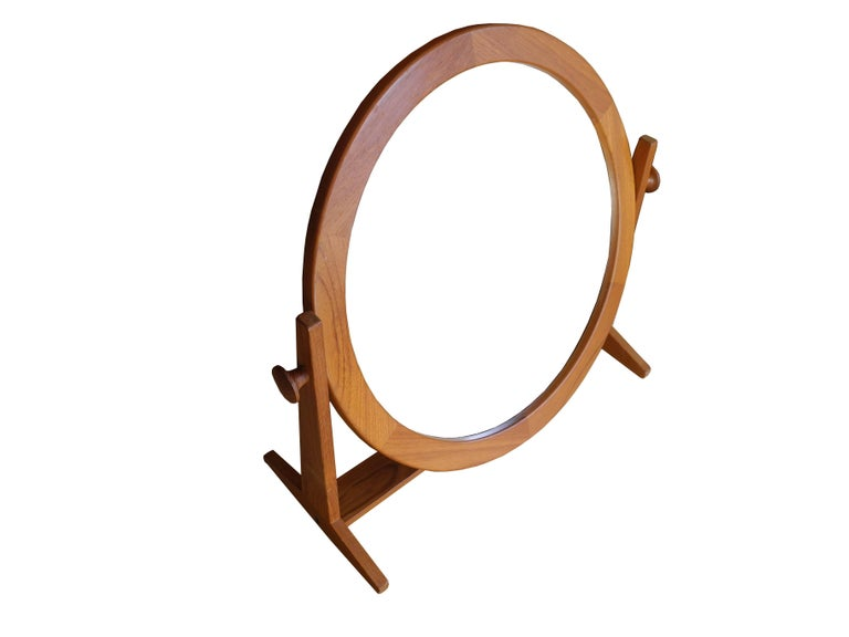 Danish Modern Tilting Teak Table Mirror by Pedersen & Hansen, 1960s In Good Condition For Sale In Hudson, NY